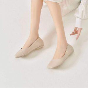 Giày bệt màu Kem Dusto